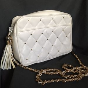 Vintage Chateau White Faux Leather Crossbody Bag